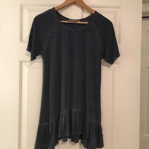 Tops - Blue top with bottom ruffle